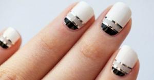 Nail trends bottom line nail art