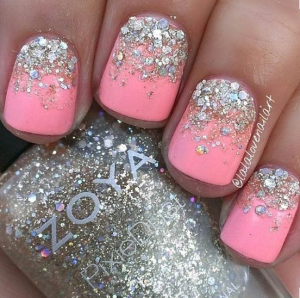 nail trends silver sparkles style glam