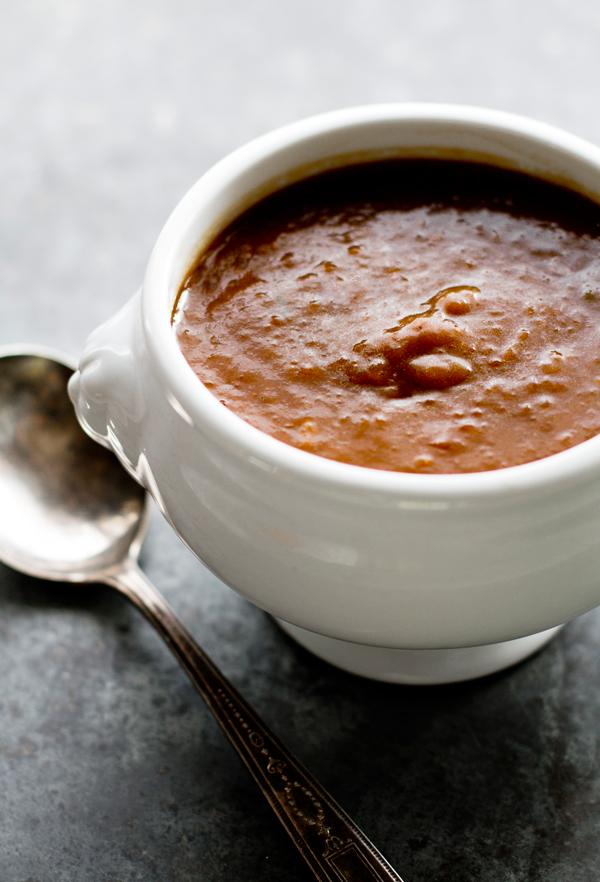 caramelized onion gravy recipe by ohmyveggies